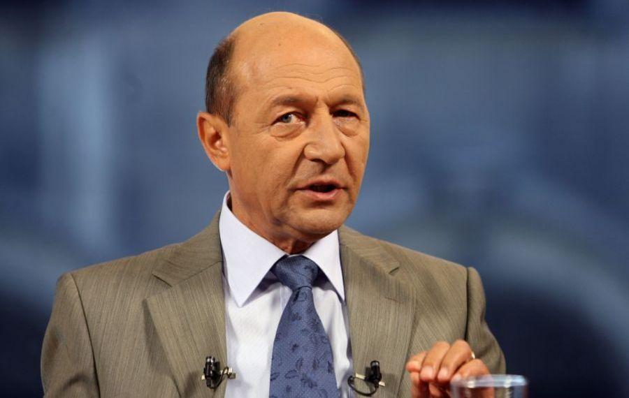 """Traian Băsescu avertizează: """"Pandemia va face RAVAGII"""". Ce soluții îi propune președintelui Iohannis"""