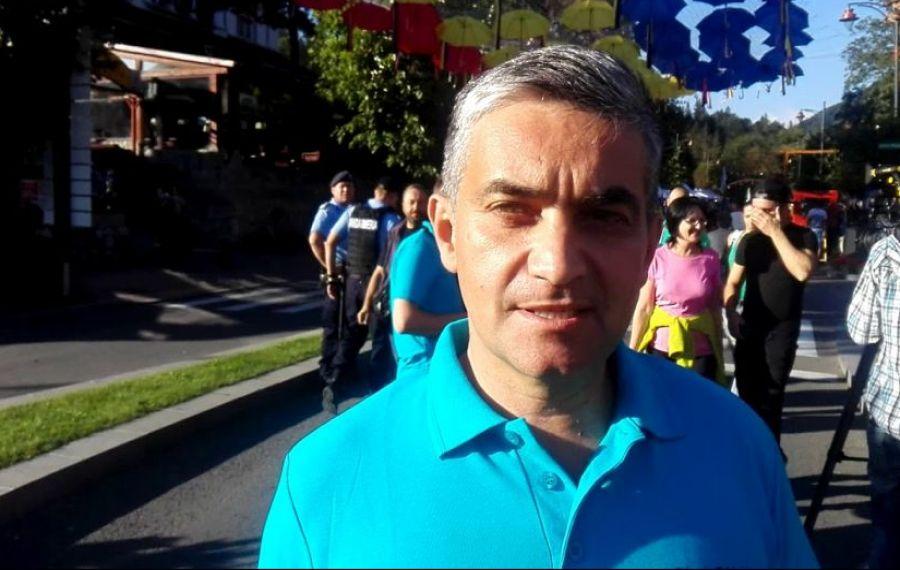 Primarul stațiunii Sinaia are COVID și a fost internat, cu simptome