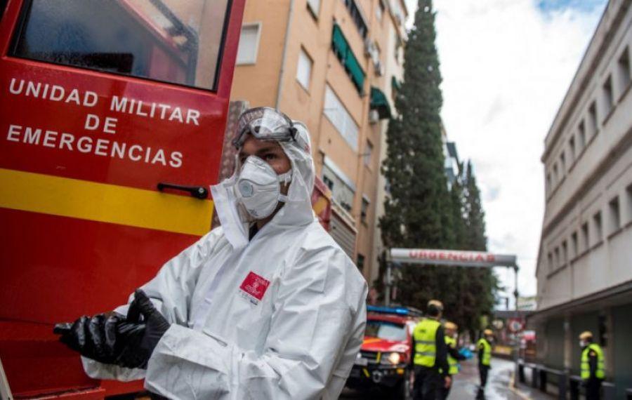 Atenție, români: Spania a reintrodus starea de urgență: Ar putea dura până la 6 luni