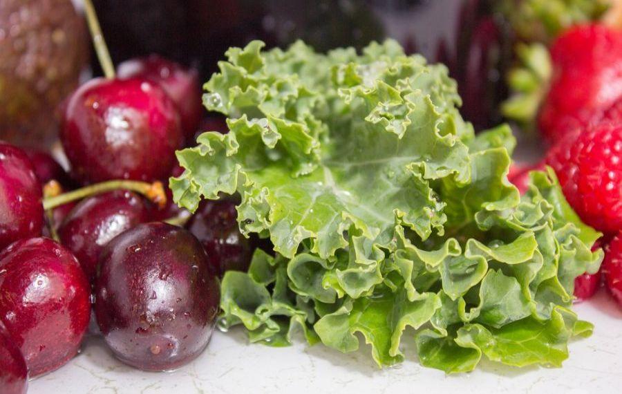 Care sunt alimentele cu CALORII NEGATIVE și bogate în substanțe hrănitoare, care ajută la SLĂBIT