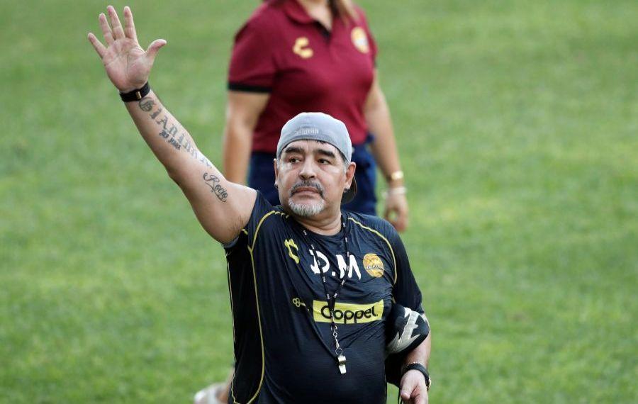 ULTIMA ORĂ: A murit Diego Armando Maradona!