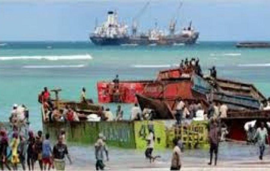 Marinari RĂPIȚI de pirați în Oceanul Atlantic. Cel puțin un român, printre victime
