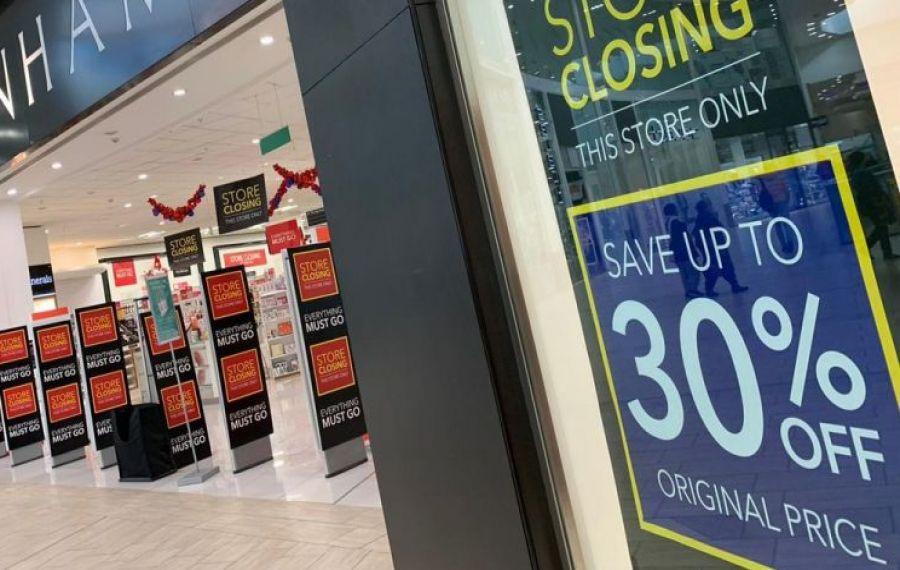 O cunoscută linie de magazine din România se închide. Sute de angajați vor fi dați afară