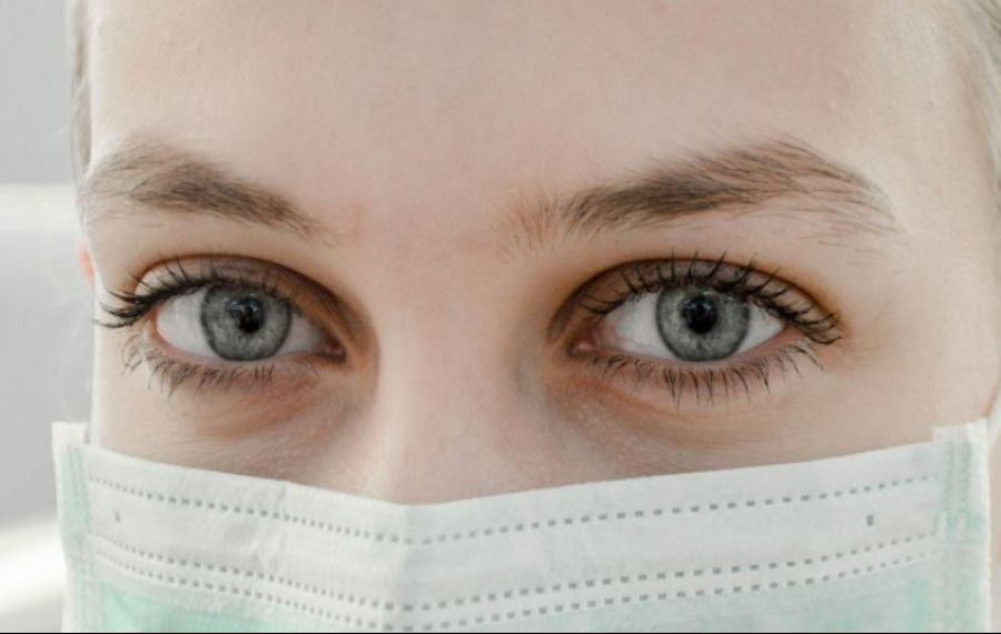 Masca de protecție dă rezultate și în cazul altor afecțiuni. INSP: Niciun caz nou de gripă săptămâna trecută