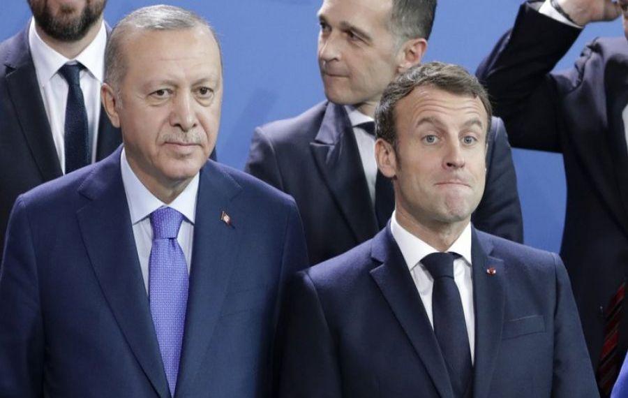 """Erdogan continuă RĂZBOIUL cu Emmanuel Macron: """"Este o povară pentru Franța, sper să scape de el"""""""