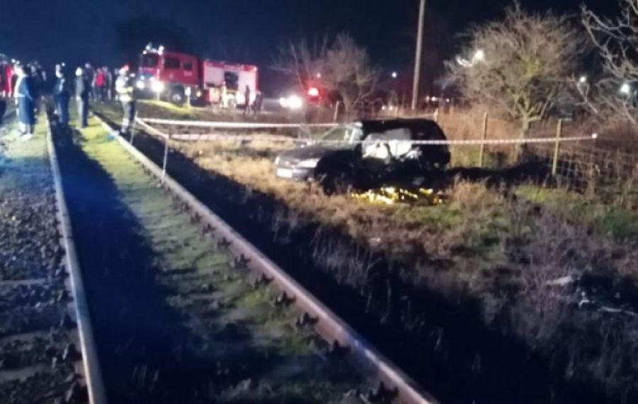 TRAGEDIE pe calea ferată: doi morți după un grav accident. Mecanicul trenului era BĂUT