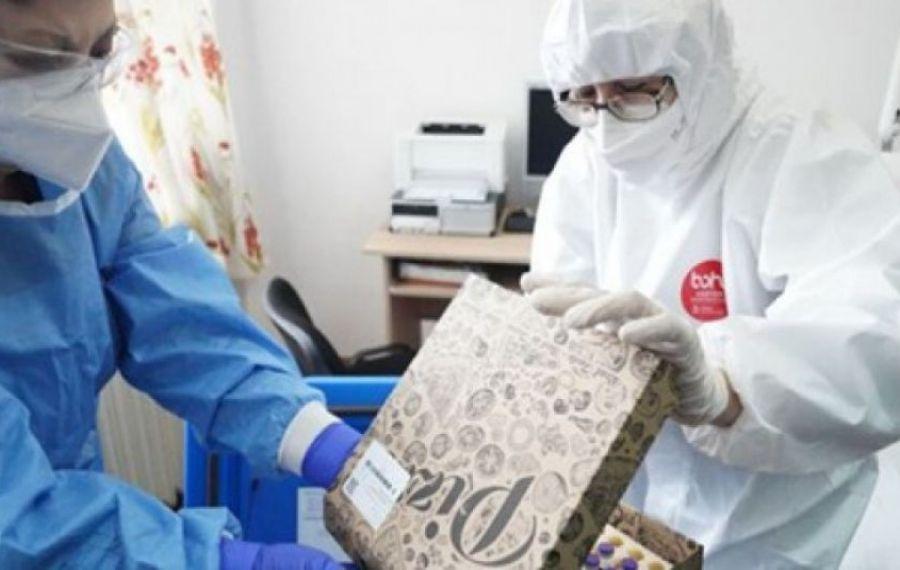 IMAGINEA ZILEI: Vaccin, livrat în cutii de pizza la Spitalul din Slobozia