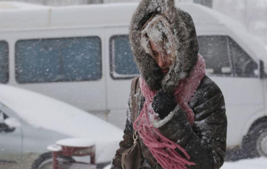 ANM: Vreme rece, ninsori și polei în BUCUREȘTI, până miercuri dimineață