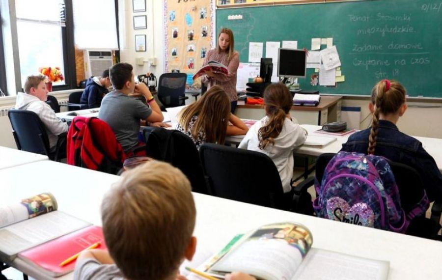 Polonia: școlile primare SE REDESCHID parţial din 18 ianuarie
