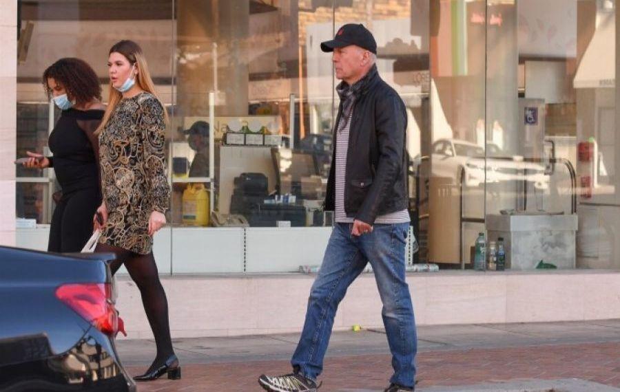 """""""Greu de ucis"""". Bruce Willis, pățanie inedită pentru că nu purta MASCĂ"""