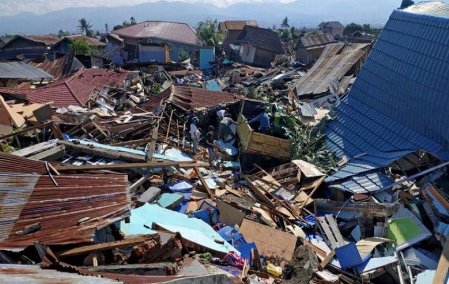 Crește bilanțul morților și răniților după cutremurul din insula indoneziană Sulawesi