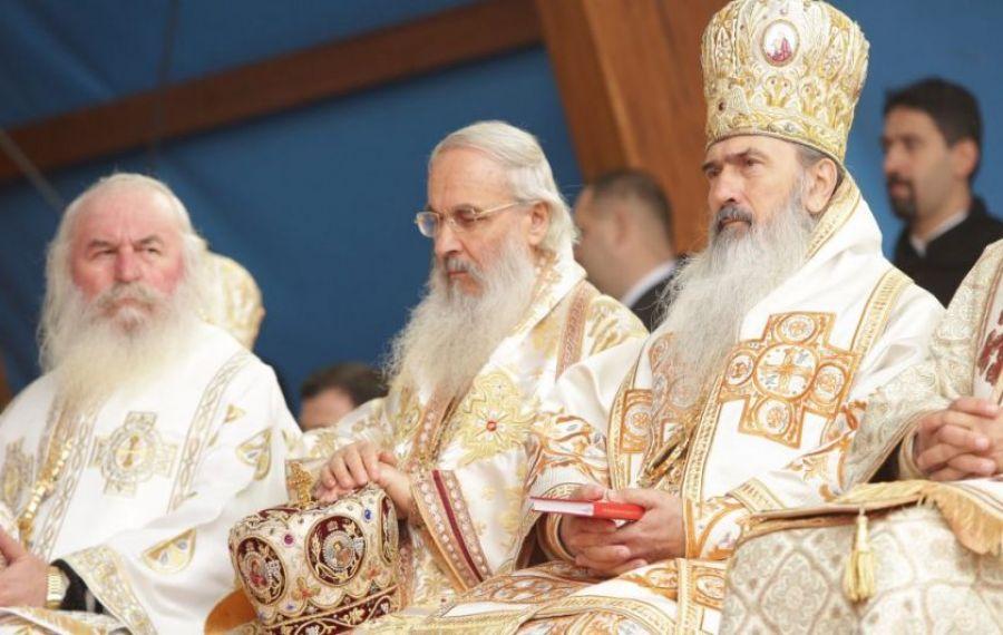 ÎPS Teodosie și preoții din Arhiepiscopia Tomisului participă la campania de DONARE DE SÂNGE