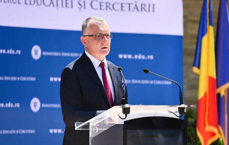 Ministrul Educației anunță cum va fi PROGRAMA pentru Evaluarea Națională și Bacalaureat