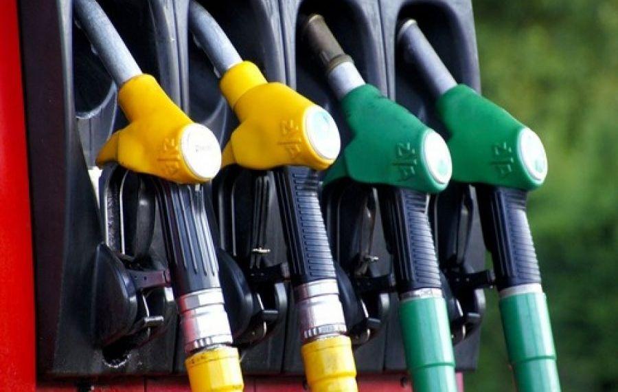Creștere agresivă a prețului benzinei și motorinei. Cât au ajuns să coste?