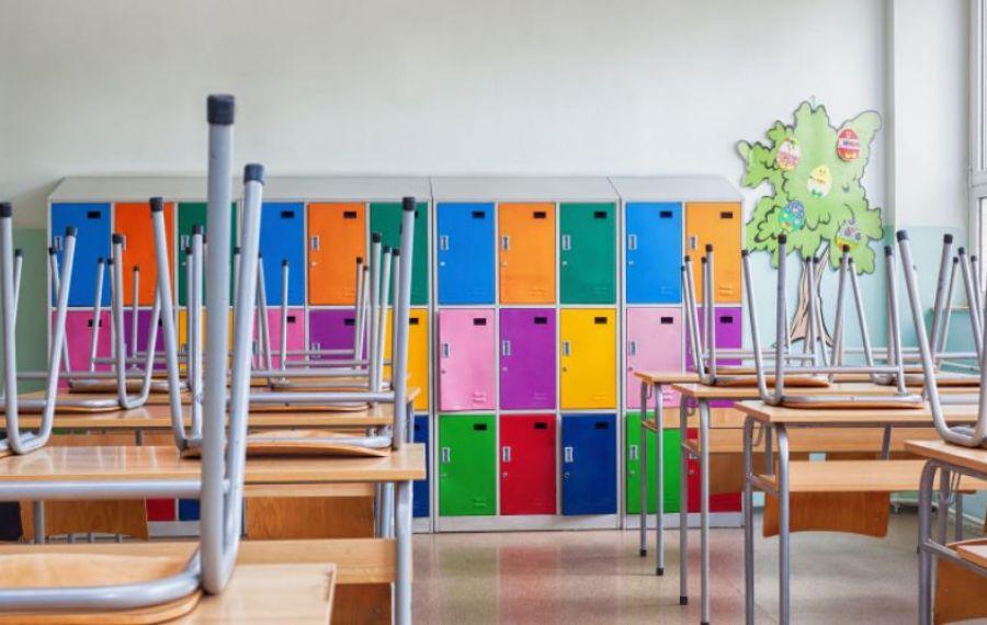 INSP nu recomandă folosirea lămpilor UV în școli, pentru curățarea suprafețelor. Care sunt motivele
