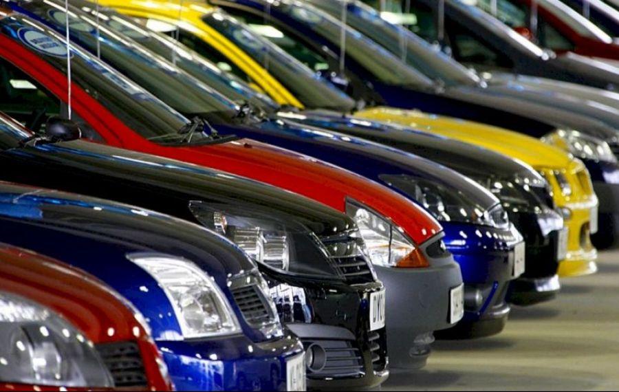 SCĂDERE pentru piața mașinilor noi și a celor second-hand