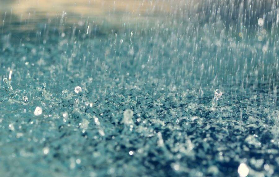 Avertisment pentru șoferi: Pericol de acvaplanare pe autostrăzile București - Constanța și Ovidiu - Agigea, din cauza ploii torențiale