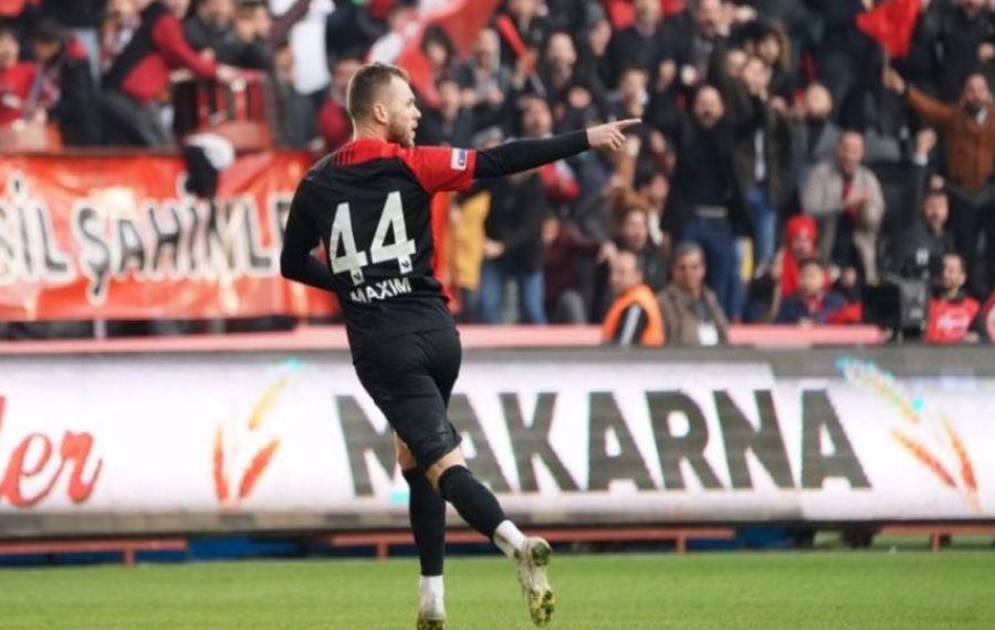 Dublă pentru Alex Maxim în campionatul Turciei