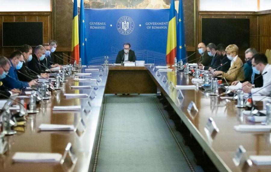 Miniștrii USR-PLUS BOICOTEAZĂ ședințele de Guvern cu Cîțu premier