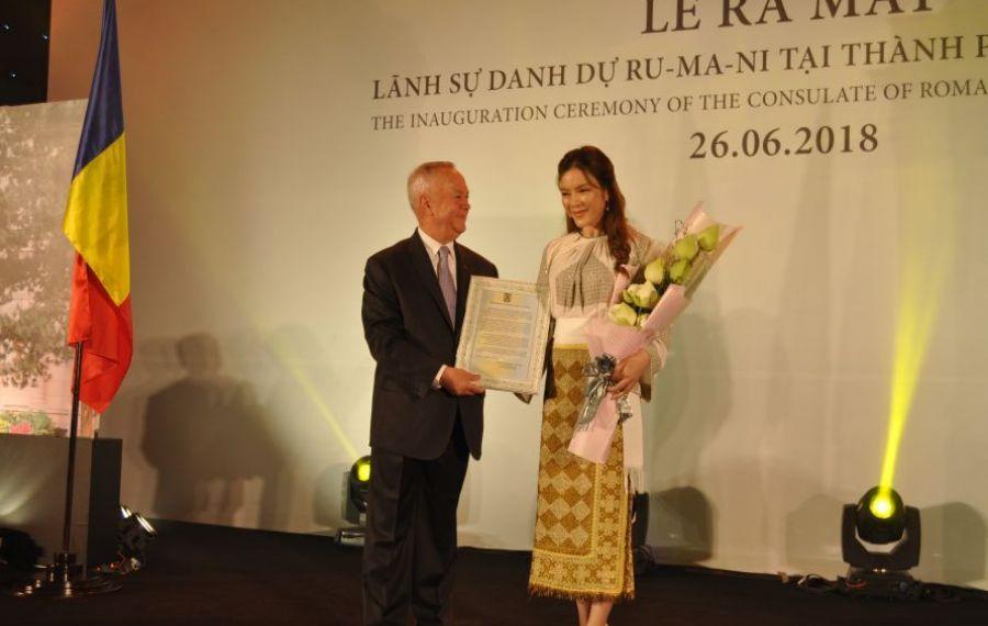 Artista Ly Nha Ky, consul onorific al României în Vietnam, promovează țara noastră prin prezentarea de preparate tradiționale românești