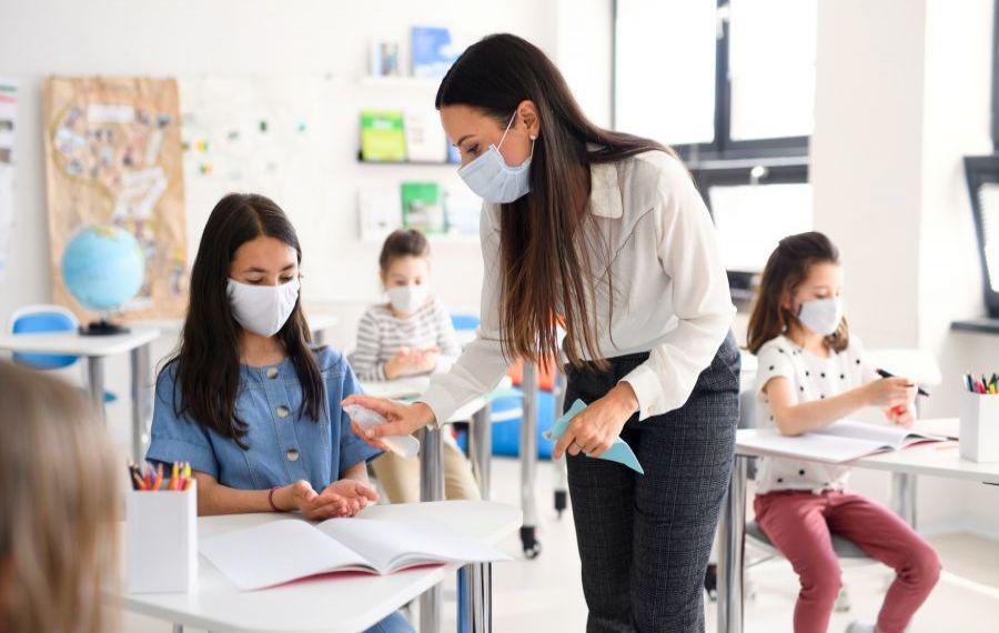 S-au stabilit scenariile pentru ÎNTOARCEREA elevilor la școală din 5 mai