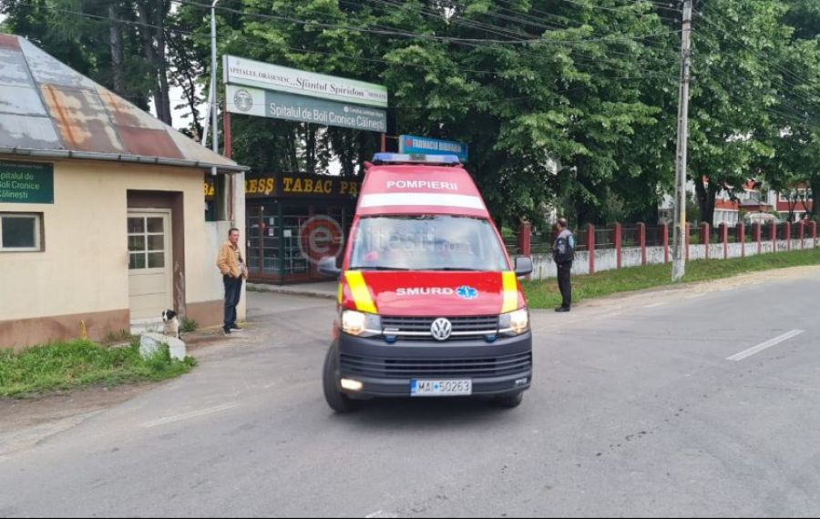 Alertă de INCENDIU la un spital din județul ARGEȘ. Cei 32 de pacienți, evacuați inițial, au revenit în saloane după ce pericolul a trecut