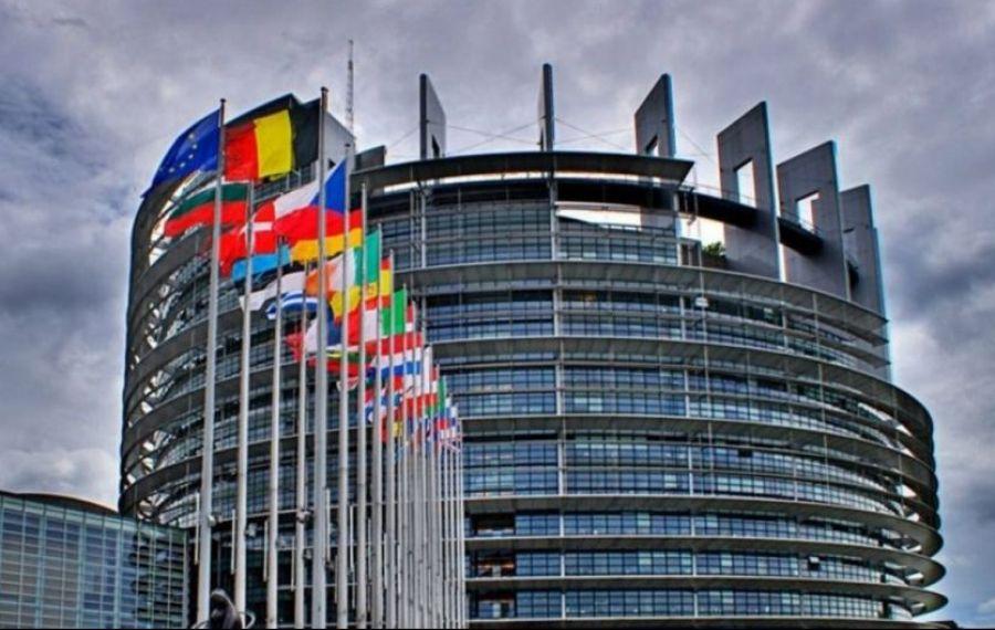 Parlamentul European a aprobat definitiv certificatul digital al UE privind COVID-19. De când va fi disponibil și ce trebuie făcut a-l obține