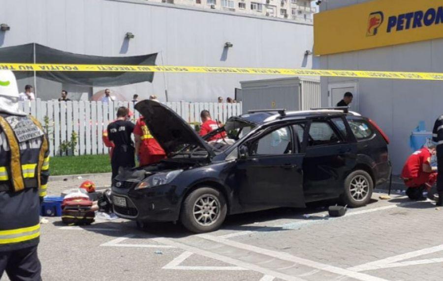 O mașină a EXPLODAT într-o benzinărie din Capitală. Un tânăr și-a pierdut viața