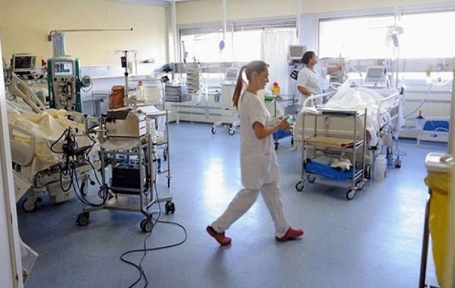 Franța și Grecia anunță vaccinare OBLIGATORIE pentru personalul medical