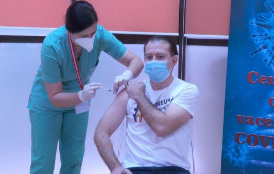 """Florin Cîțu: """"Ne îndreptăm spre administrarea unei a treia doze de vaccin anti-COVID"""""""