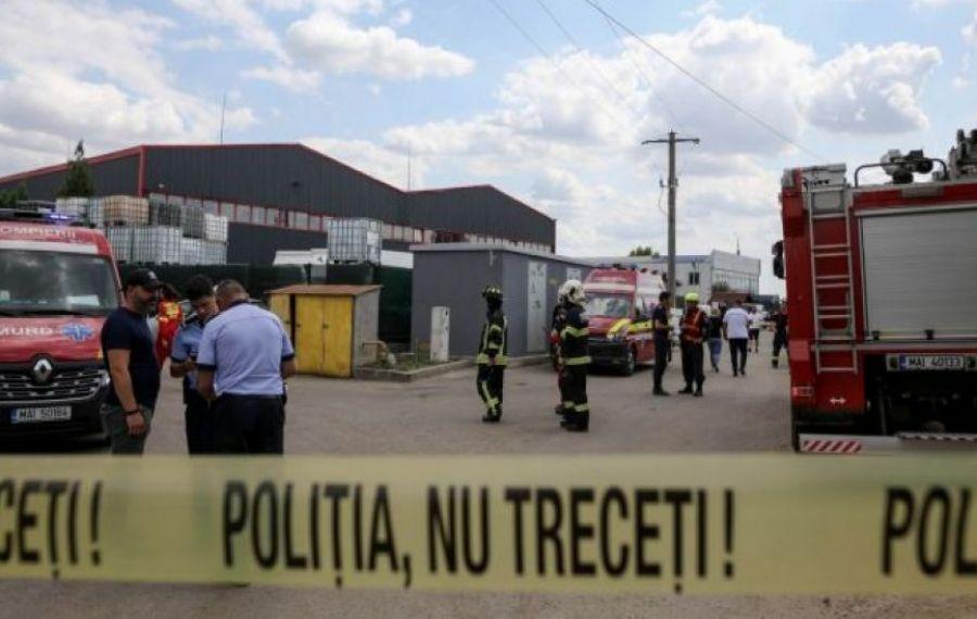 Victimele incendiului din Popeşti-Leordeni, dintre care 6 cu arsuri, au fost internate la trei spitale din Capitală