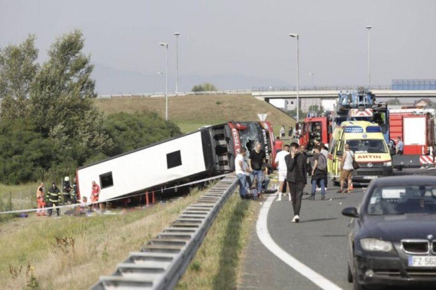 TRAGEDIE și în Croația: zeci de morți și răniți după ce un autocar s-a răsturnat