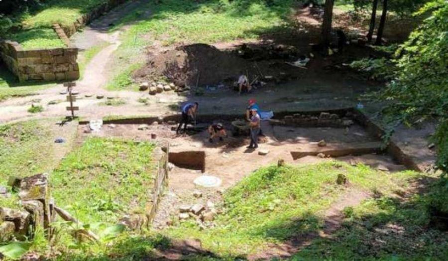 Descoperirea uriașă la Sarmizegetusa Regia: un misterios TEMPLU DACIC