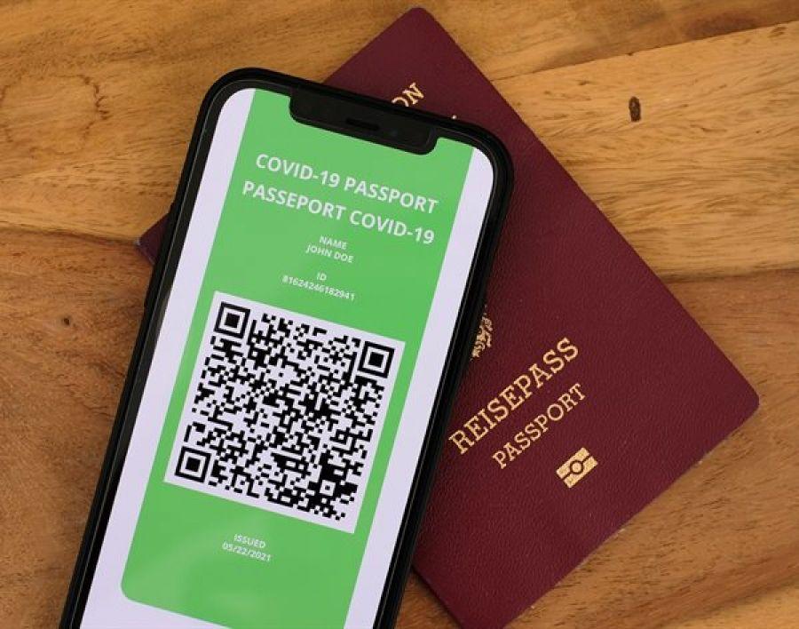 Guvernul britanic renunță la pașaportul anti-COVID