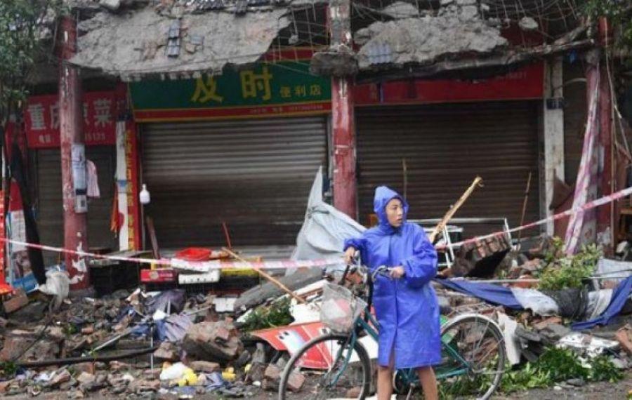 CUTREMUR puternic în China. Peste 1200 de case s-au prăbușit, trei oameni au murit