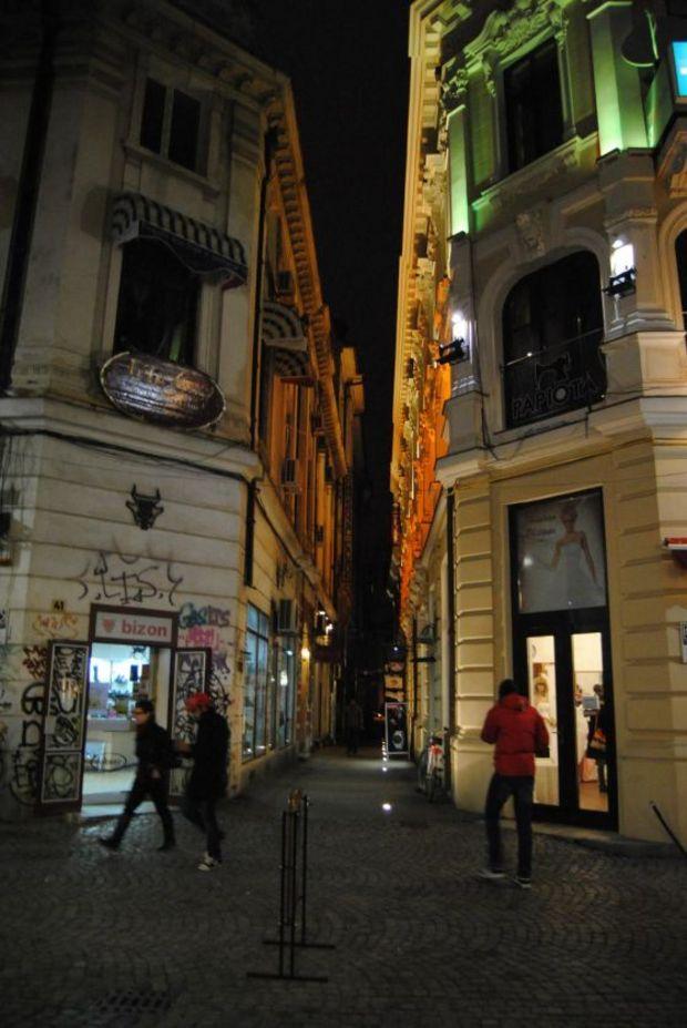 Închiderea teraselor la ora 22.00 va falimenta Centrul Istoric al Bucureştiului
