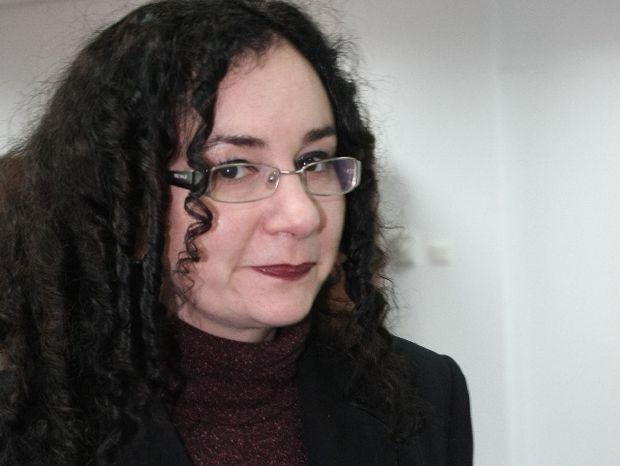"""Se cere demisia de onoare a Oanei Schmidt Hăineală. Judecătorii din CSM vor """"resetarea"""" instituţiei"""