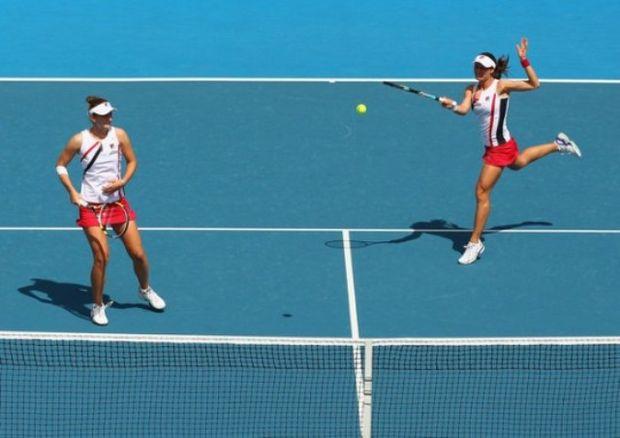 Australian Open: Perechea Irina Camelia Begu - Monica Niculescu, eliminată în optimi