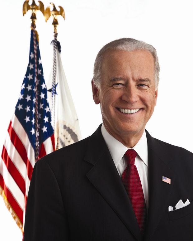 Vicepreşedintele Joe Biden a depus jurământul pentru al doilea mandat