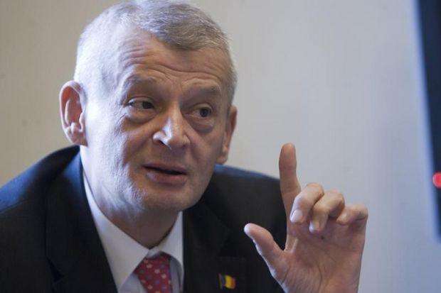 Sorin Oprescu va candida la prezidenţiale, numai după ce se va achita de promisiunile făcute bucureştenilor