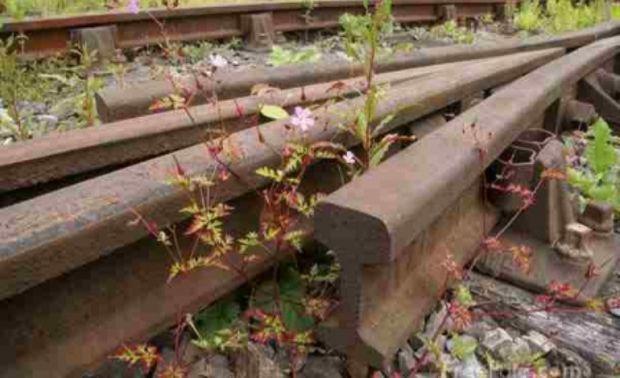 Percheziţii în Buftea vizând suspecţi de furtul unor componente de siguranţă ale căilor ferate