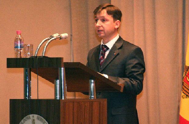 CHIŞINĂUL VREA PACE. Parlamentul moldovean vrea să elaboreze un plan de acţiuni privind Transnistria