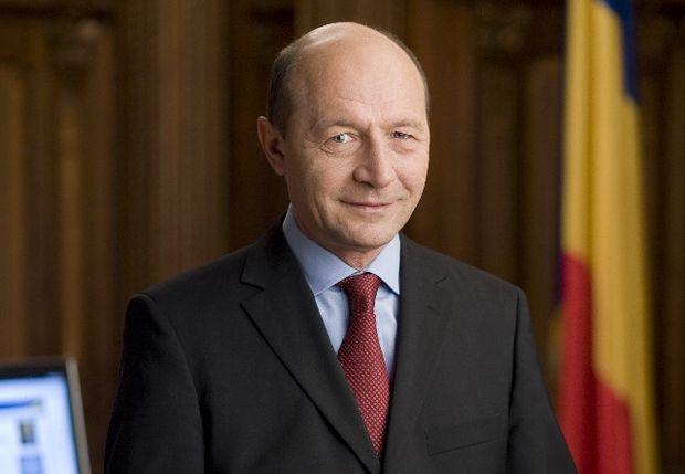 Băsescu merge la Chişinău