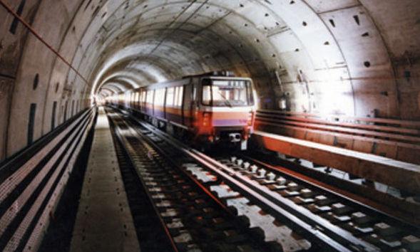 O bombă întrerupe traficul pe mai multe linii de metrou din Cairo