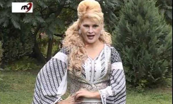 Cântăreaţa de muzică populară Rela Lucan a fost găsită moartă în cadă