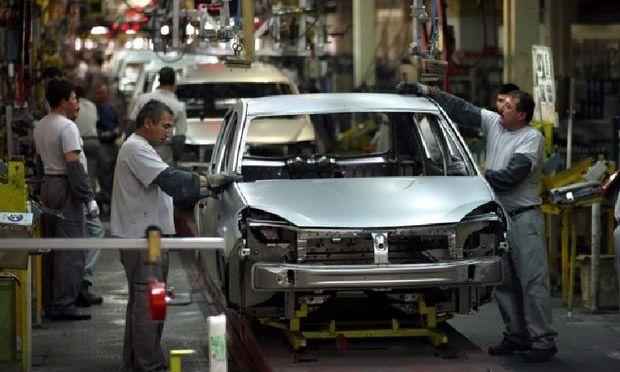 Producţie record de 343.000 de autovehicule la Dacia Piteşti
