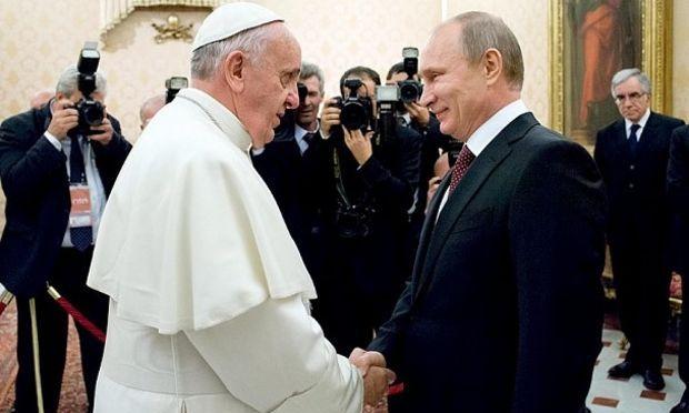 Vatican: Papa Francisc s-a întâlnit cu președintele rus Vladimir Putin
