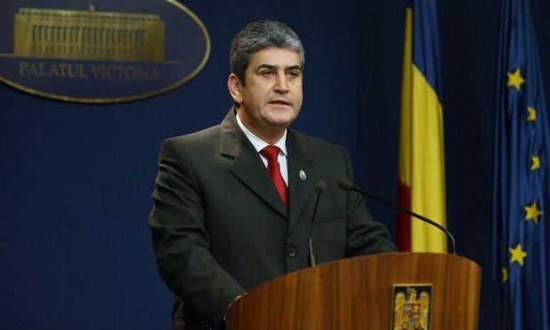 Gabriel Oprea participă la şedinţa CSAT în locul lui Victor Ponta