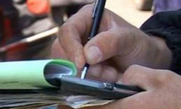Scandalagiii şi falşii producători din pieţe, amendaţi de Poliţia Sector 6