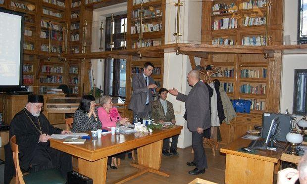 Caravana Cărţii Ştiinţifice a EUB, la facultăţile de Filosofie şi Litere